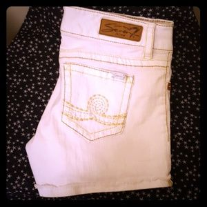 SEVEN 7 CUTOFF DENIM SIZE 8